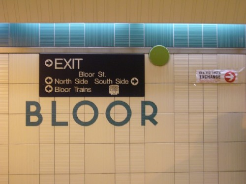 Inscribed in the living tile: Type in the Toronto subway (Joe Clark)